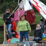 Fluchtschiff Willkommen in Minden Ankunft  20.8. 2014, 18.45 Uhr am Mittelland Kanal in Minden vor dem Vereinshaus Mindener Drachenboot Club Organisation in Minden: GreenFairPlanet  Gastgeber: Mindener Drachenboot Club