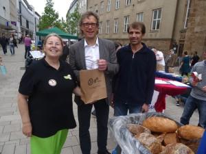 Kampagne Leere Tonne Mach' die Tonne leer — Wegwerfstopp für Supermärkte